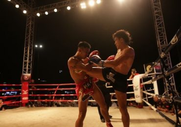 Nguyễn Trần Duy Nhất thắng trong trận mở màn sự kiện 'Khai trương mùa du lịch biển' Đà Nẵng