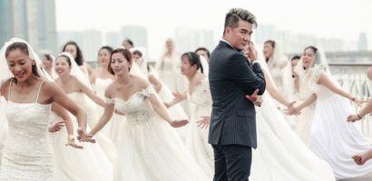 Vừa than ế, Đàm Vĩnh Hưng liền có 50 cô dâu 'rượt đuổi'