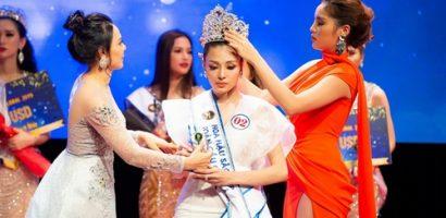 Kỳ Duyên trao vương miện cho Tân Hoa hậu Sắc đẹp Toàn cầu Châu Á 2019