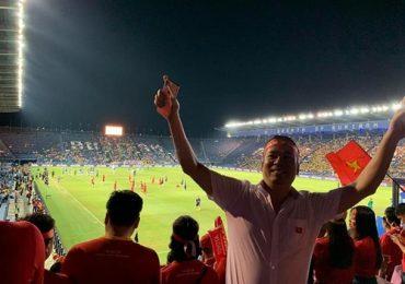 Michael Lang sang Thái Lan ủng hộ đội tuyển Việt Nam