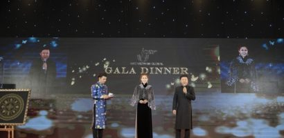 NTK Sĩ Hoàng đấu giá áo dài 'Hương sắc Việt' gây quỹ xây mái ấm