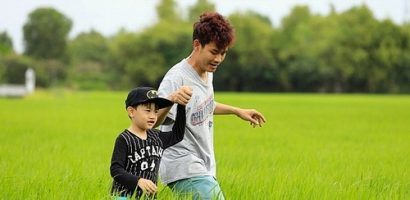 MC Hồng Phúc cùng con trai thực hiện dự án mổ tim cho các bạn trẻ thông qua chiến dịch mới