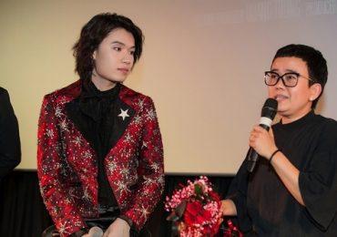 Phương Uyên rơi nước mắt khi khen học trò trong buổi ra mắt MV đầu tay của Quang Trung