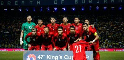 Bóng đá Thái Lan còn gì hơn Việt Nam?