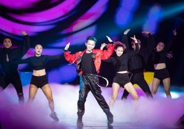 Nối tiếp MV triệu view, Đỗ Hoàng Dương mang 'phép thuật' lên sân khấu