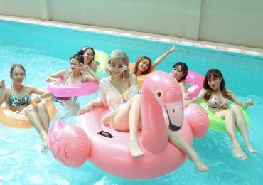 Hari Won diện bikini khoe vòng một khi trở lại với âm nhạc