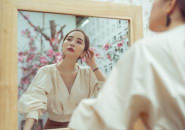 Quỳnh Nga đẹp đoan trang, dịu dàng trong bộ ảnh mới