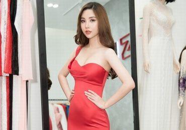 Mỹ Huyền tất bật chuẩn bị trang phục trước ngày lên đường thi Hoa hậu