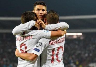 Ronaldo khiêm tốn sau khi đi vào lịch sử bóng đá châu Âu
