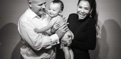 Ca sĩ Thu Minh lần đầu công khai ảnh con trai