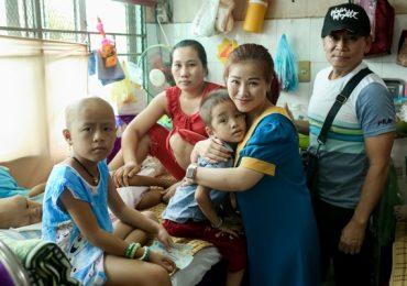 Kiều Linh xúc động nhớ về quãng thời gian khó khăn khi đi làm từ thiện