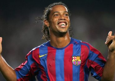 Ronaldinho chuẩn bị tái xuất ở tuổi 39