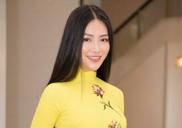 Phương Khánh diện áo dài trên 100 triệu thăm chính quyền Nhật Bản