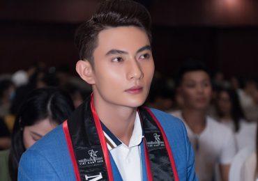 Sau Mister Việt Nam 2019, quán quân Phạm Minh Quyền 'choáng' vì tin nhắn gạ tình