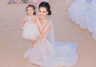 Người đẹp Sang Lê mừng sinh nhật 'sang chảnh' tại bãi biển Phú Yên