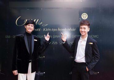 Sao Việt đến chúc mừng Ngô Kiến Huy và Huỳnh Phương mở phòng nha