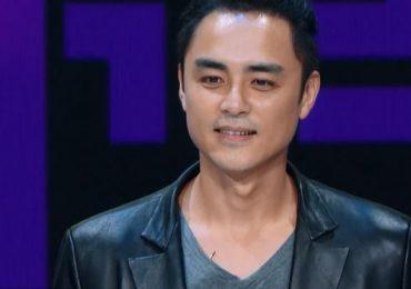'Hoàng tử ếch' Minh Đạo khóc vì sự nghiệp xuống dốc