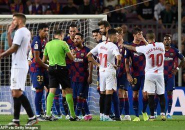 Bố trí hàng rào kín kẽ, Sevilla vẫn không ngăn được Messi