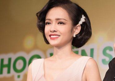 MC Thanh Trúc 9x gây bất ngờ với hình tượng quý cô cổ điển