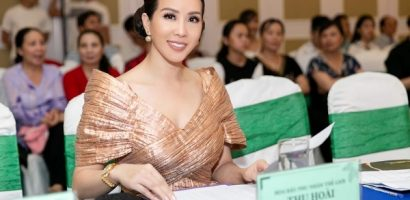 Hoa hậu Thu Hoài khoe vẻ trẻ trung khi đi chấm thi nhan sắc
