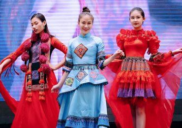 Hoa hậu Tuyết Nga và Lê Âu Ngân Anh thân thiết