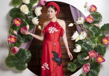 Hoa hậu Tuyết Nga khoe sắc xuân ngời trong tà áo dài Việt Nam