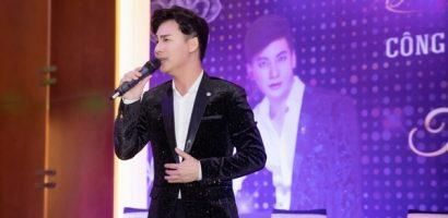 Ngọc Châu tặng nghệ sĩ Hoàng Lan 20 triệu trong ngày ra mắt album