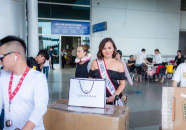 Mrs. Vietnam World 2019 Bùi Uyên Vi mang 'đặc sản' Việt Nam tặng cho bạn bè quốc tế