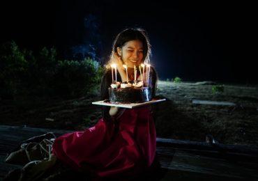 Hoàng Yến Chibi 'khóc nhè' khi được chúc mừng sinh nhật lúc một giờ sáng