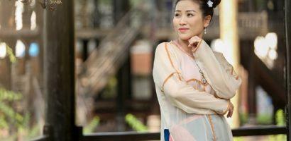 Gây sốt với web-drama 'Hài ma', Kiều Linh rinh nút bạc YouTube