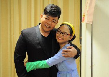 Phương Mỹ Chi xác nhận rời công ty của ba nuôi Quang Lê