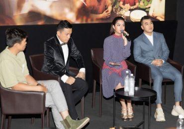 Phạm Quỳnh Anh khóc nghẹn khi nhắc đến bố mẹ tại buổi ra mắt MV cùng Lam Trường, Ưng Hoàng Phúc