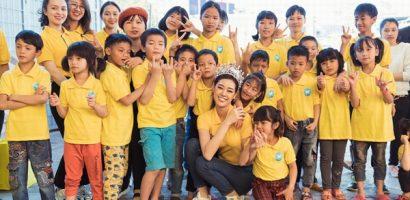 Top 3 Hoa hậu Hoàn vũ Việt Nam 2019 mang Tết đến người dân Bảo Lộc – Đà Lạt