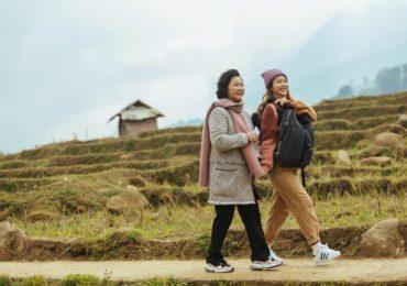 Chỉ muốn nhanh đến Tết để về nhà khi nhìn loạt ảnh đầy ấm áp của NSND Minh Đức và Khả Ngân