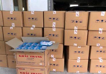Một người Trung Quốc gom 100.000 khẩu trang ở Hà Nội
