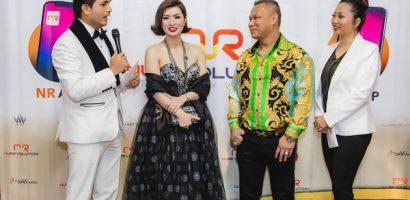 Nguyễn Hồng Nhung cùng triệu phú Đô Nguyễn tiếp tục tặng kim cương cho khán giả