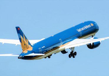 Chỉ còn 4 chuyến bay khứ hồi mỗi ngày sau chỉ thị cách ly toàn xã hội