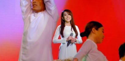 Chọn trang phục thiếu tinh tế, Hoa hậu Hoàng Kim bị Phi Nhung nhắc nhở