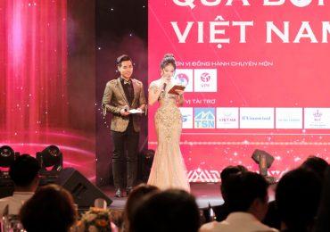 Nguyên Khang và Vân Trang dẫn dắt lễ trao giải 'Quả bóng Vàng 2019'