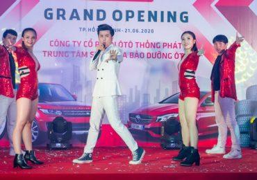 Ca sĩ Dương Hiếu Nghĩa 'cháy hết mình' tại sự kiện