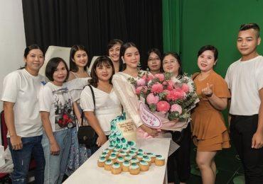 Lý Nhã Kỳ được Lê Dương Bảo Lâm, Nam Thư, Liên Bỉnh Phát âm thầm chúc mừng sinh nhật
