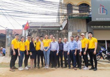 Hoa hậu Khánh Vân thăm gia đình nạn nhân chất độc da cam tại Vinh
