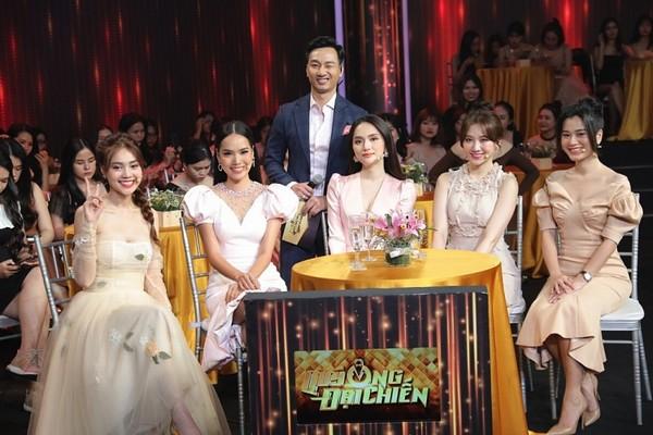 Lê Hoàng Phương ngưỡng mộ sự khéo léo của Hoa hậu Hương Giang