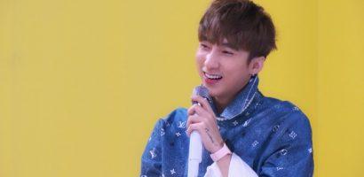 Sơn Tùng M-TP tiếp tục tặng fan bản live stage 'Có chắc đây là yêu'