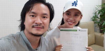 Hoa hậu Tiểu Vy, đạo diễn Hoàng Nhật Nam nhận hơn nửa tỷ đồng quyên góp cho Đà Nẵng