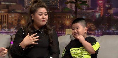 Mẹ 'hiện tượng mạng' Khôi Mập rơi nước mắt kể về hành trình đưa con trai tới cuộc sống