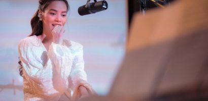 Hồ Ngọc Hà hát ra mắt ca khúc 'Cự tuyệt'