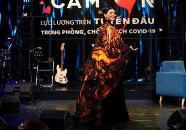 Trương Thị May diện áo dài tại Cannes, đấu giá 220 triệu tặng miền Trung chống Covid-19