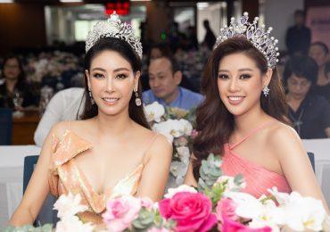 Hoa hậu Khánh Vân rạng rỡ với sắc hồng