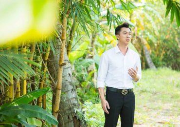 Hồ Việt Trung luôn cảm thấy có lỗi với mẹ